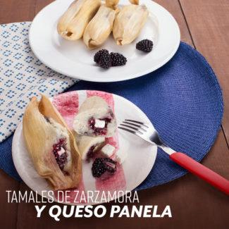 Tamales de zarzamora y queso panela